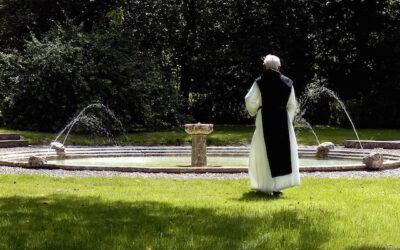 """""""Quella sorgente non si tocca"""": tutelata l'acqua usata dai trappisti di Rochefort"""